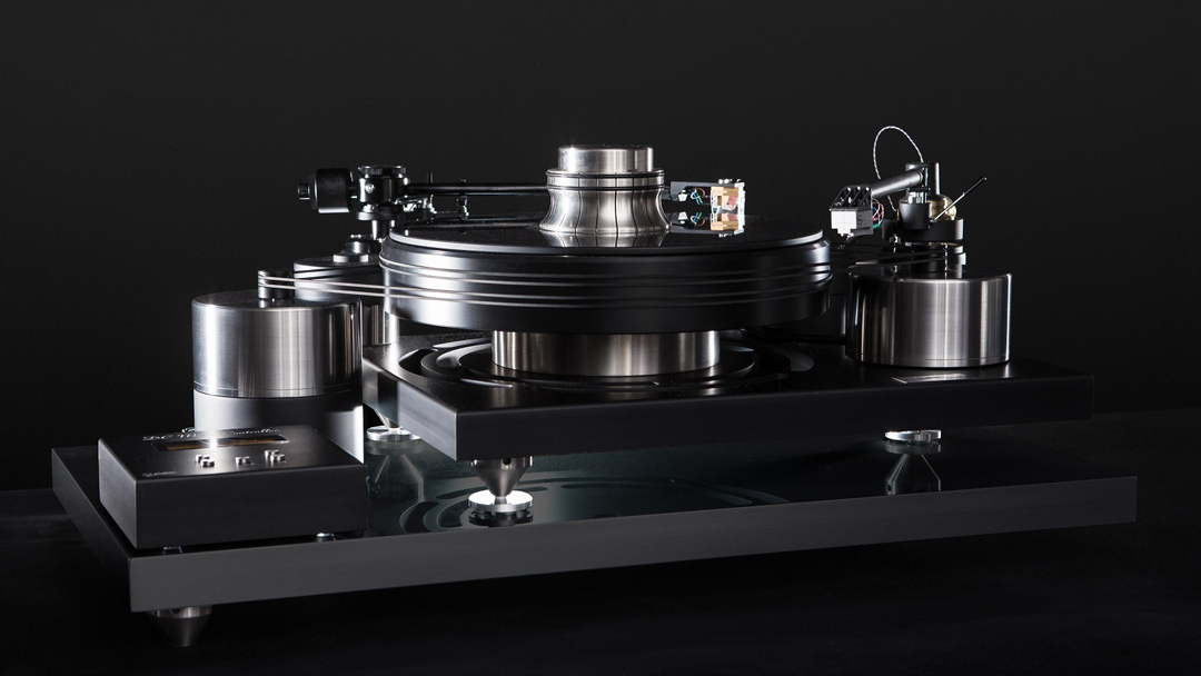 J. Sikora Initial Max black turntable